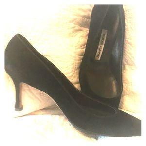 Vintage Manolo Blahnik heels. 39 1/2. Fit 8 1/2